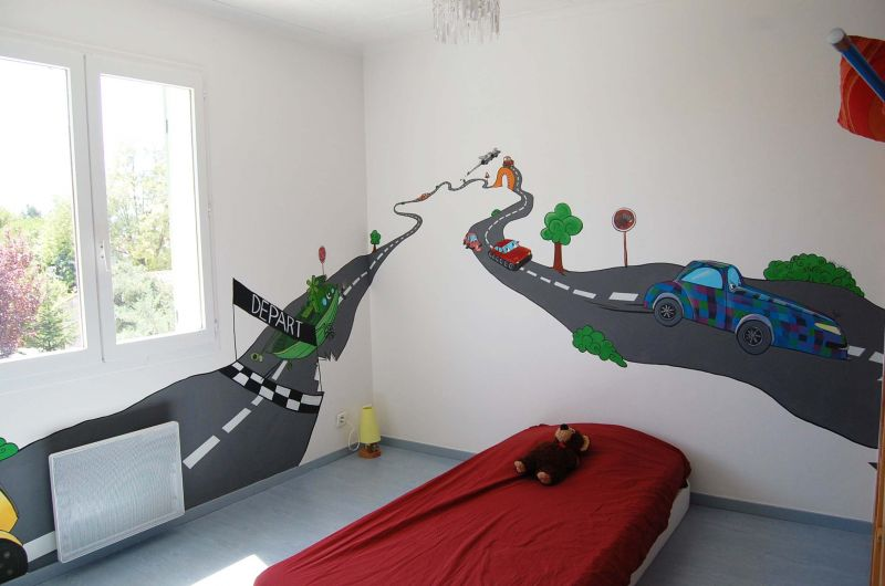 chambre circuit de voitures atelier mur 39 mur. Black Bedroom Furniture Sets. Home Design Ideas